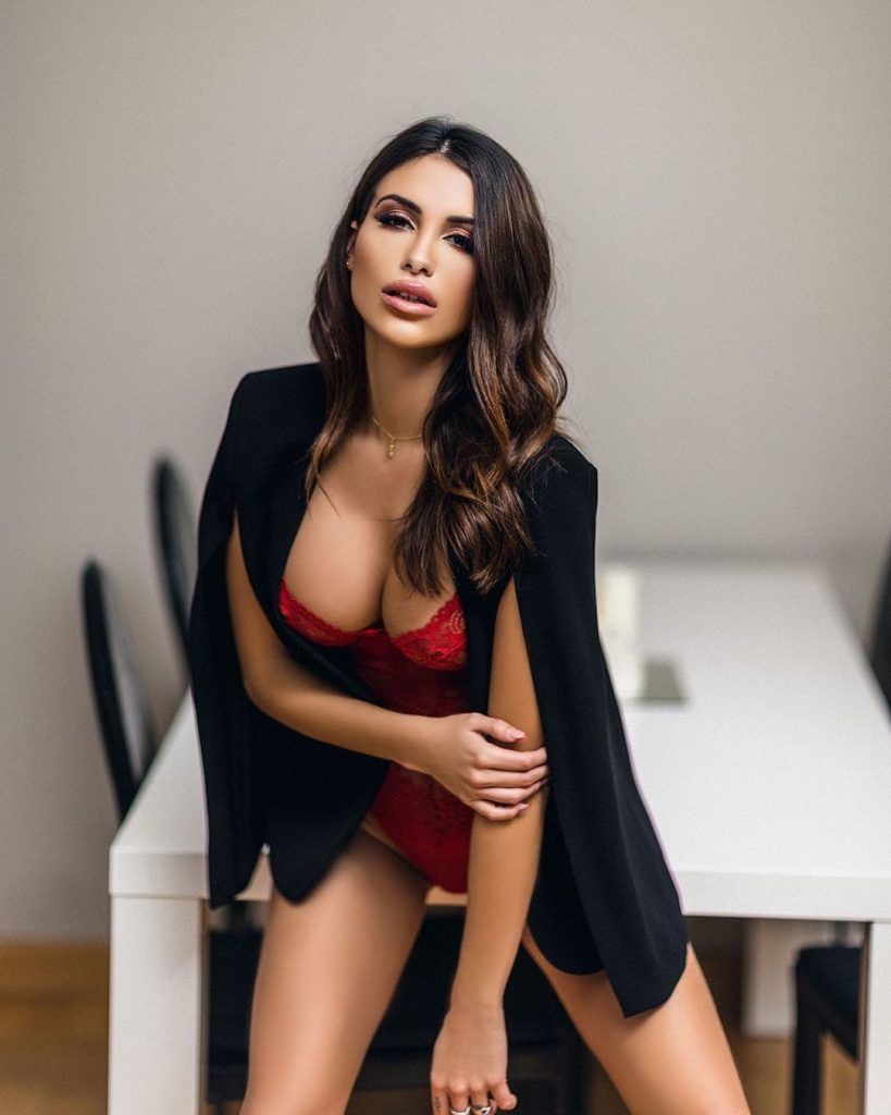 How to Find a Mexican Woman For Marriage: Dating Guide
